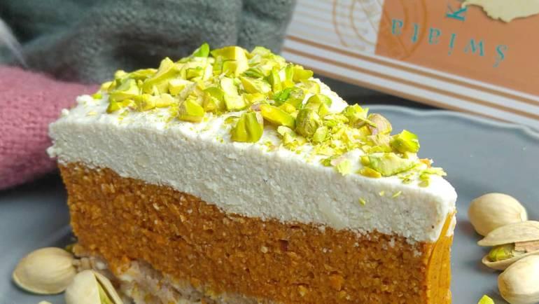 Bezglutenowe i wegańskie ciasto marchewkowe