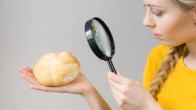 Skład pieczywa bezglutenowego – dlaczego różni się od glutenowych odpowiedników?