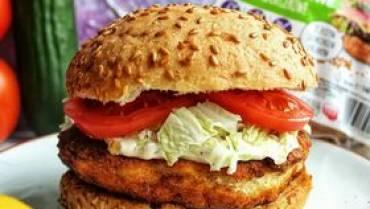 Glutenfreier fit chicken burger
